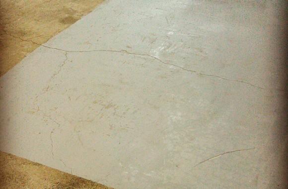 グレー塗装床