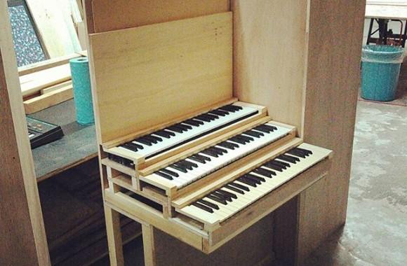 パイプオルガンの鍵盤部分、大体できた