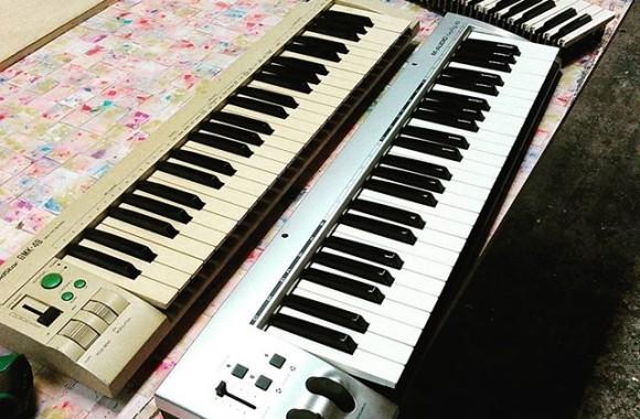 ジャンクキーボードのパーツを使ってパイプオルガンのコンソール的な物を制作。