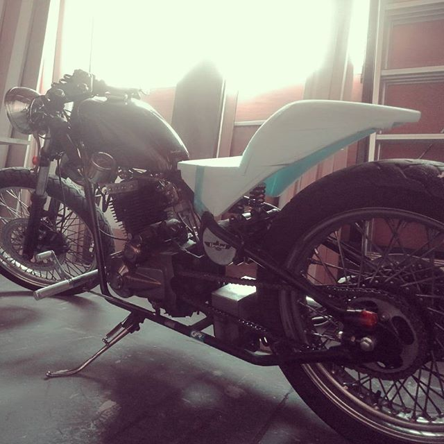 Original rear fender#heist #cleveland #bike #motorcycle #moto #bikelife #motorbike #instabike #roadbike #craft #handmade #crafting #custom