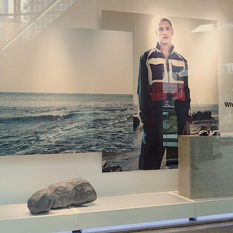 ギロッポンでこの前作った岩を発見。ちゃんと岩石に見えてて良かった。#adidas #whitemountaineering