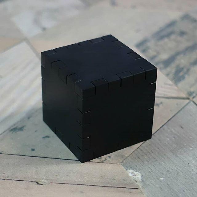 レーザーカッターのテスト!アクリルの蟻組みとか#lazer#acrylic
