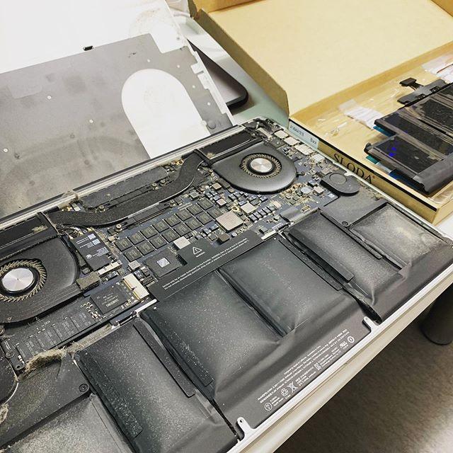 パートさん用MacBookPRO15&